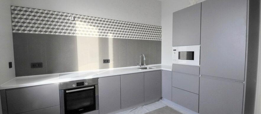кухня на заказ с фасадами в эмале