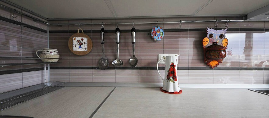 кухня на заказ в пластике