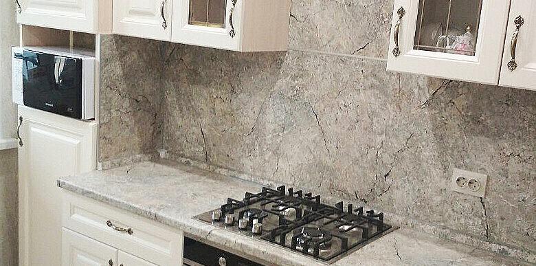 кухня на заказ с крашеными фасадами
