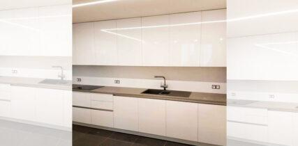 прямая кухня с фасадами мдф покрытые пленкой